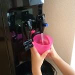 子供のミルク用にアイディールウォーターサーバーを導入した小林さん家を取材しました