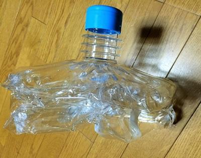 プレミアムウォーターの使用済みペットボトル