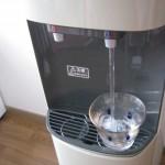 天然水が超安い!という理由で富士桜命水を選んだ森さん家のウォーターサーバーを取材しました