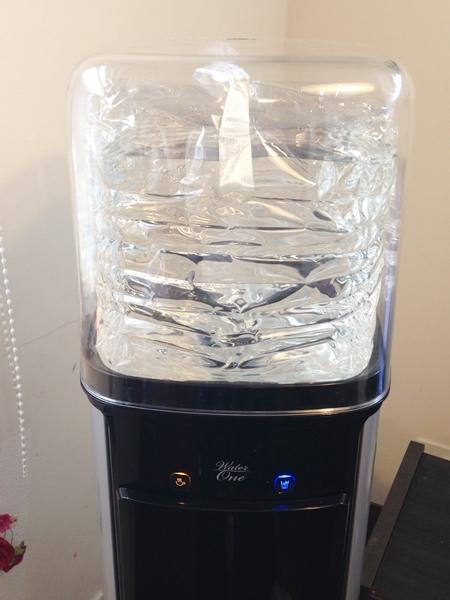 ウォーターワンのボトル設置方法