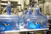 年間に1500万本ものボトルを出荷
